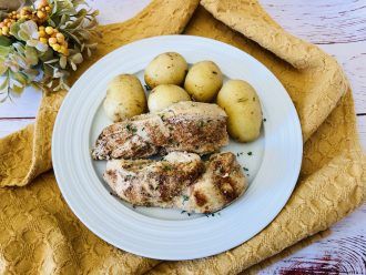 Affordable Instant Pot Recipe for Paprika Chicken With Garlic & Potatoes